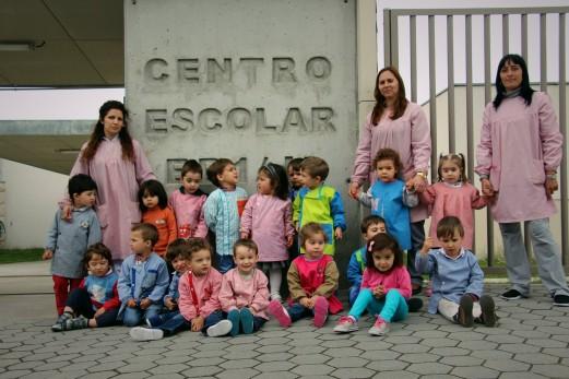 Crianças visitam Pré-Escolar