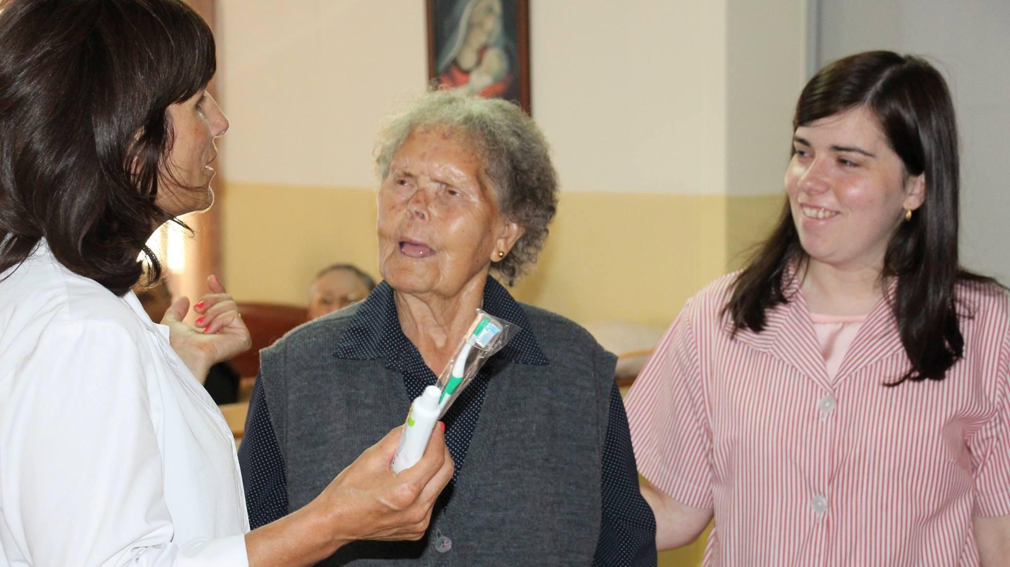 Ação de Saúde Oral no Lar S. José